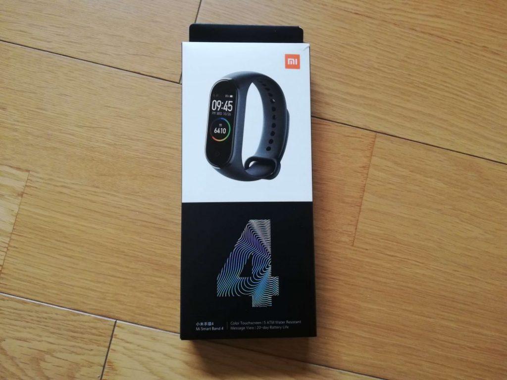 Xiaomi「Mi スマートバンド4」商品外箱
