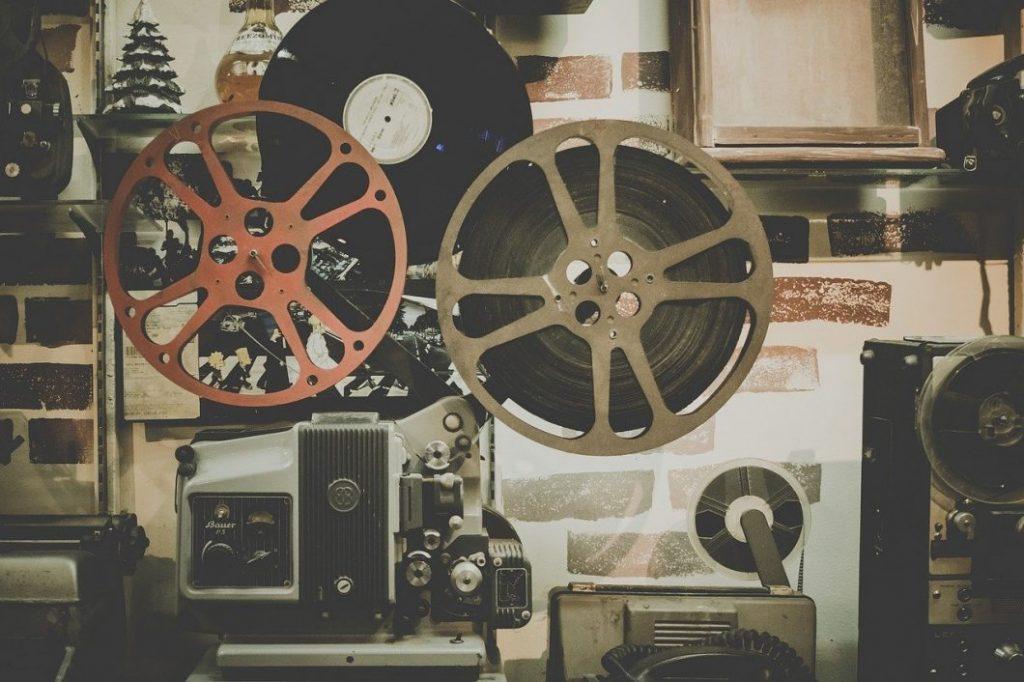 U-NEXTとその他の動画配信サービスとの比較(Hulu、Netflix)